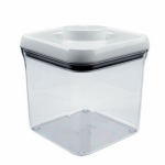 Oxo International 1071399 Food Storage Container, 2.4-Qt.